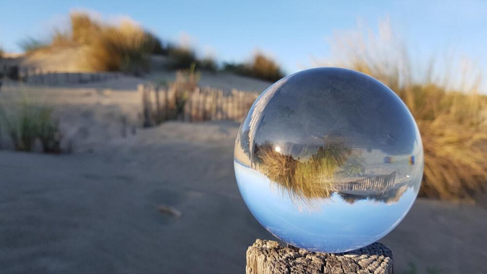 Montpellier Strand - Lensball Foto am Strand von Carnon