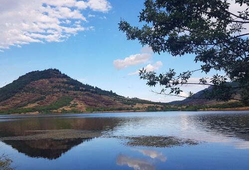 Sehenswürdigkeiten Camargue & Montpellier - Lac du Salagou